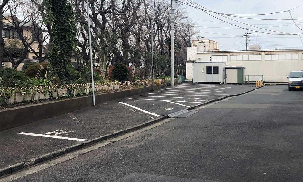 野地接骨院駐車場
